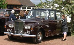 1977-Rolls-Royce-Phantom-VI-Landaulet300